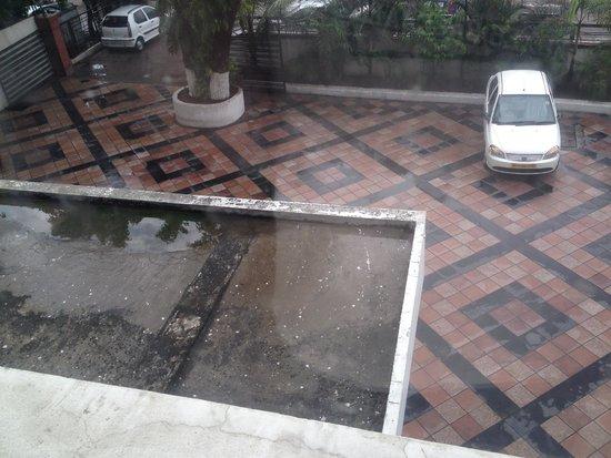 Hotel Chanakya : View from window