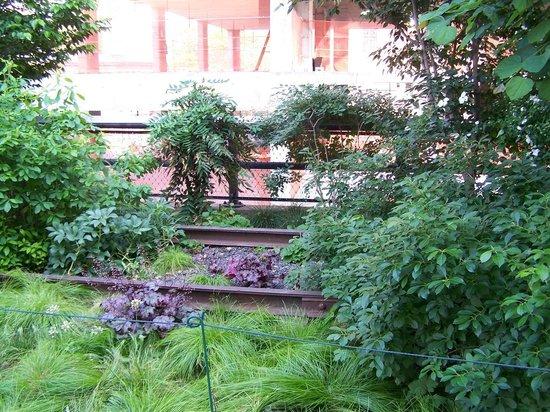 High Line met de oude sporen