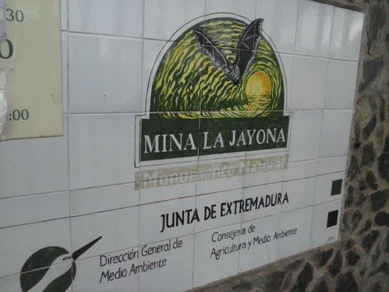 Monumento Natural Mina La Jayona: MINA LA JAYONA