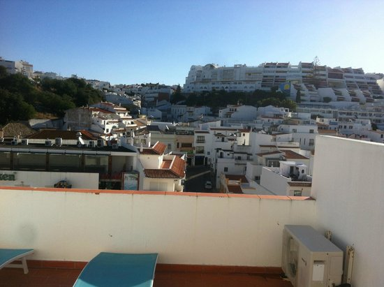 Hotel Califórnia : looking out the terrace