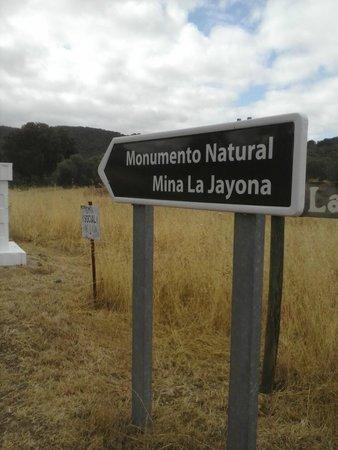 Monumento Natural Mina La Jayona: Indicación MINA LA JAYONA