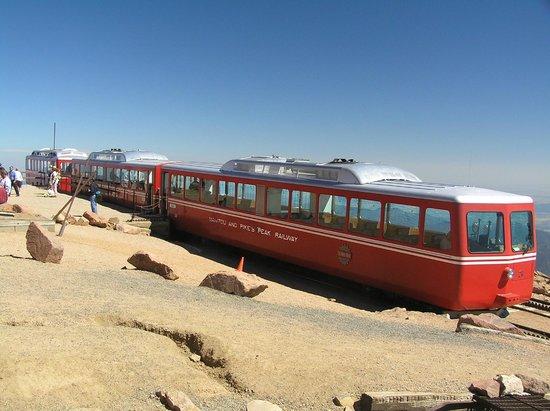 Pikes Peak Cog Railway: partenza