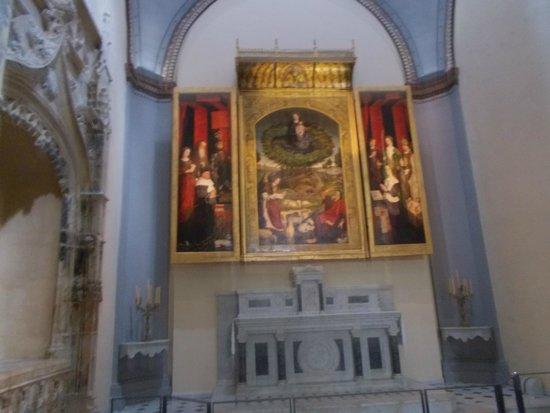 """Cathedrale St. Sauveur: триптих """"Неопалимая купина"""""""