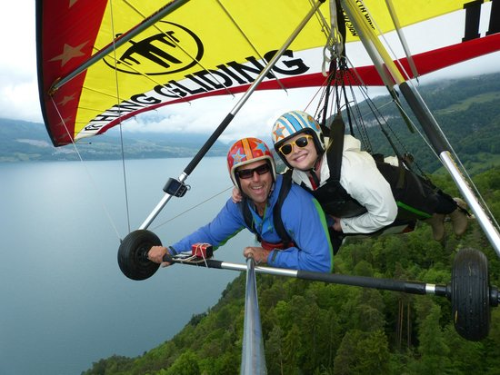 Hang Gliding Interlaken : Amazing Views and a Wonderful Experience!