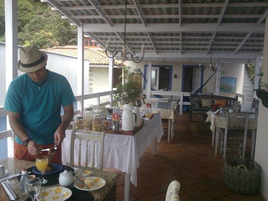 Pousada Via Brasil: terraza