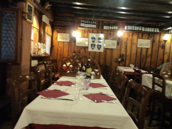Tavernetta San Maurizio : Interior do restaurante
