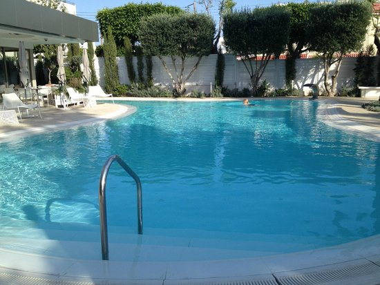 Alasia Hotel: Pool