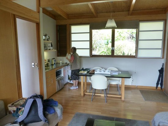 Bay of Many Coves: Kitchenette