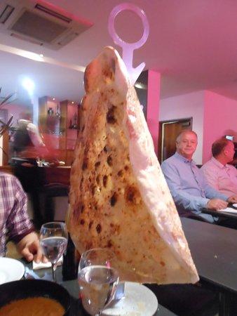 Akbar's: Pan tamaño familiar para compartir