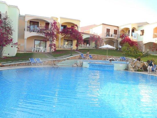 Badus: Vista piscina