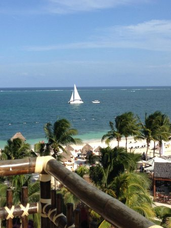 Dreams Riviera Cancun Resort & Spa : Gorgeous view from our room