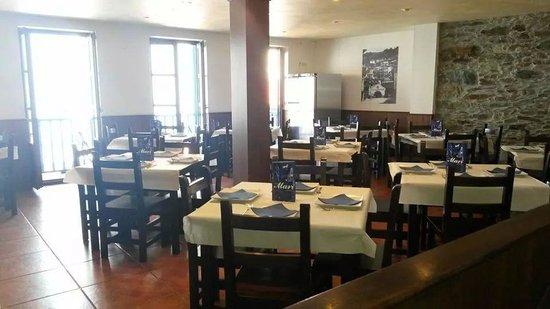 Casa Mari - Sidrería: comedor