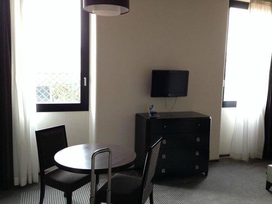 Residence Palazzo Al Velabro : View of room interior
