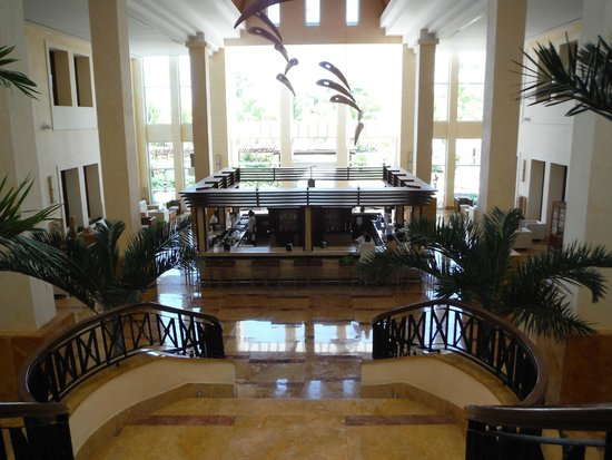 Excellence Playa Mujeres: Lobby