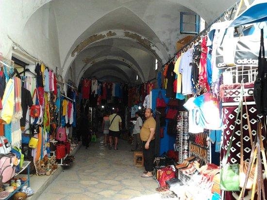 Eden Village Yadis Hammamet : Medina con negozi