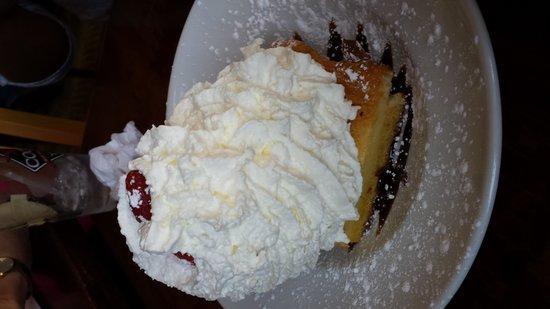 Andolini's Pizzeria: Italian Butter Cake