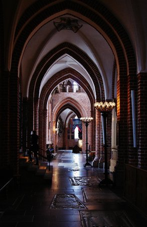 Roskilde Cathedral: Architecture!