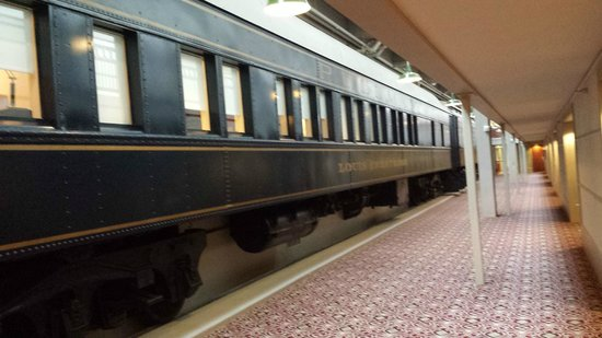 Crowne Plaza Indianapolis Downtown (Union Station): The Train Rooms