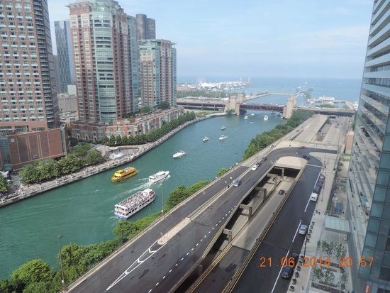 Swissotel Chicago: View from room window
