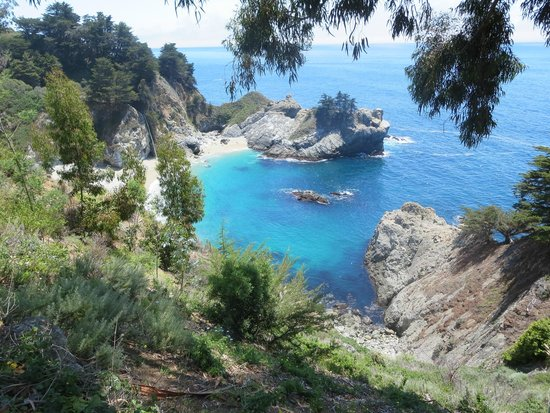 McWay Falls: looking to the south
