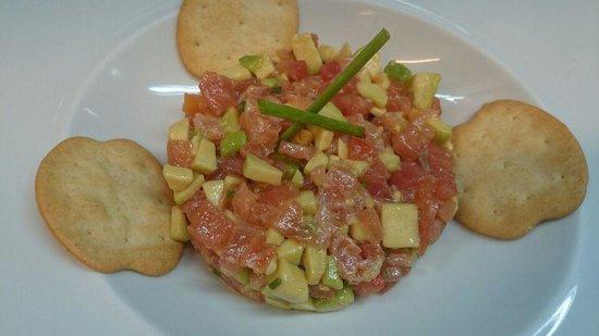 Restaurante Carmen: Tartar de salmon