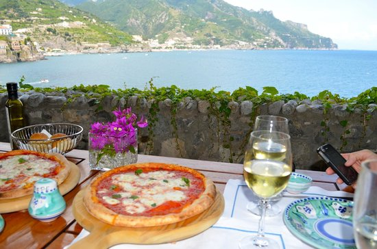 Palazzo Avino: lunch at the beach club