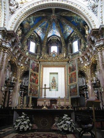 Valencia Cathedral : Алтарь