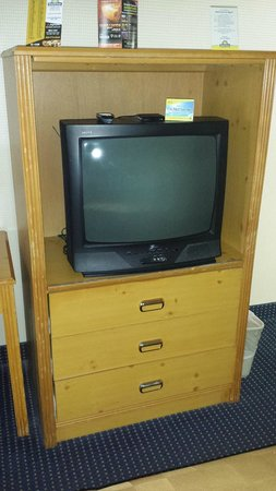 Days Inn Flagstaff I-40: Old TV