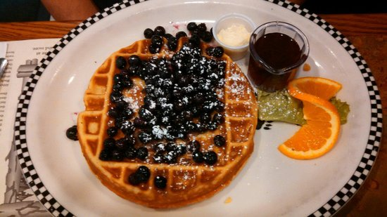Black Bear Diner: Sweat Cream Waffle with Strawberries