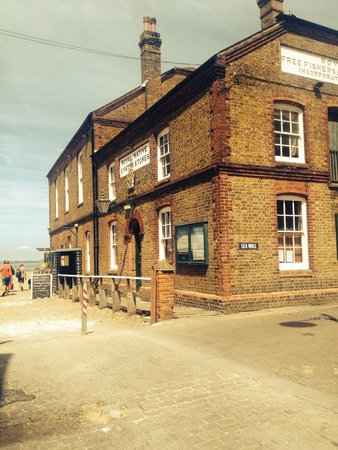 The Whitstable Oyster Company: Oyster company