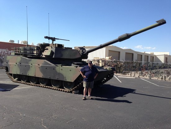 Battlefield Vegas: Abrams M1 on static display