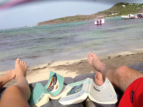 Le Guanahani: Enjoying the beach