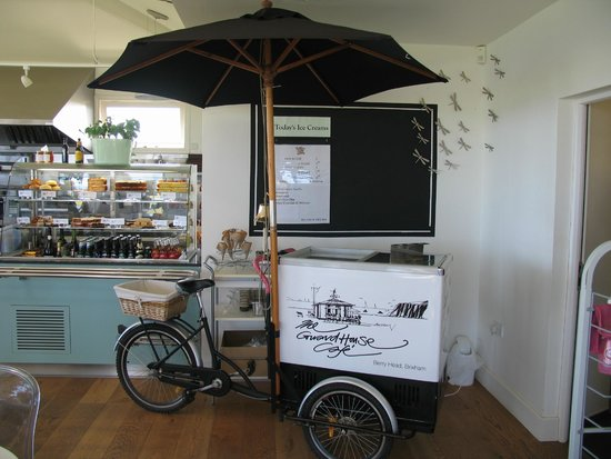 The Guardhouse Cafe: Anyone fancy an ice cream?