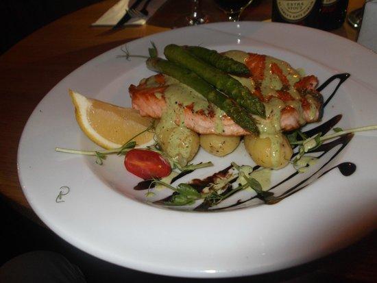 Drottninghof : Filetto di salmone