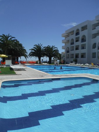 Be Smart Terrace Algarve: big pool