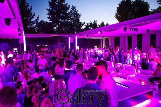 Gallery Club