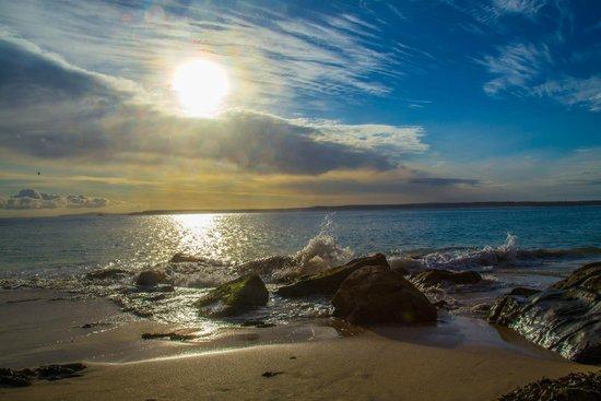 Villamorva: very short walk to this beach .