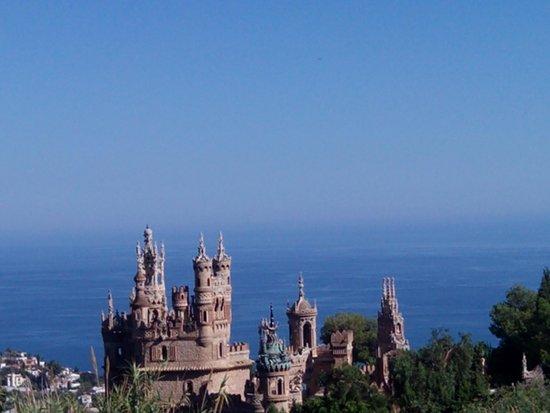 Castillo de Colomares: Colomares