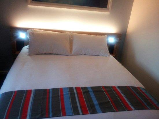 Travelodge Portishead: Bedroom