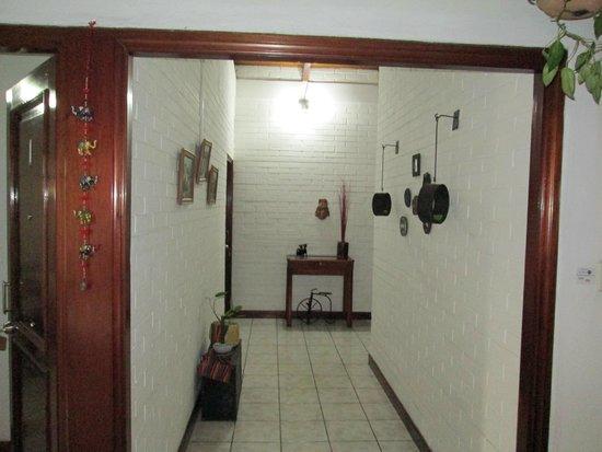 Dai Nonni Hotel : El pasillo hacia las habitaciones