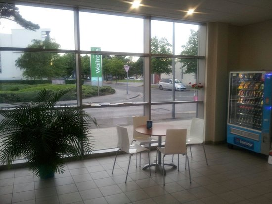 Travelodge Portishead: View in reception