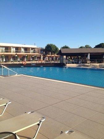 Island Blue Hotel: island blue pool