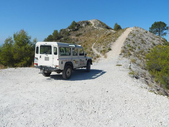 Life Adventure: Jeep Tours & Activities in Nerja: A quick stop and short climb to top of peak