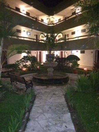 Casa del Mar Cozumel Hotel & Dive Resort: Garden View