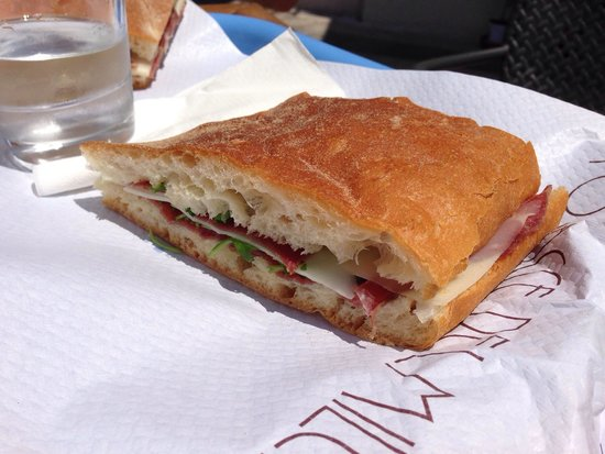 Bar Focacceria Milese: Simple but delicious!