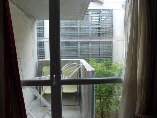 ResidHotel Galerie Tatry : Varanda / vista do quarto (interna)