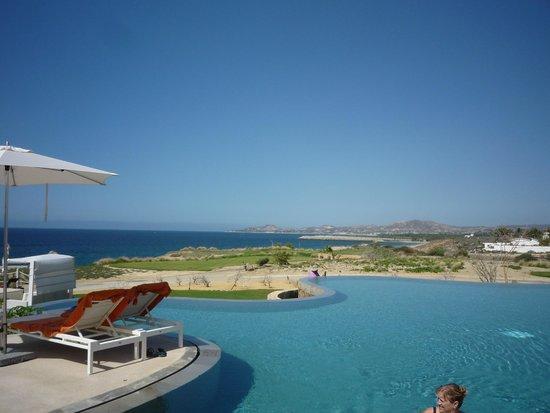 Secrets Puerto Los Cabos Golf & Spa Resort : Quiet Pool