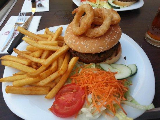 SARACINO'S: Lovely House Burger !