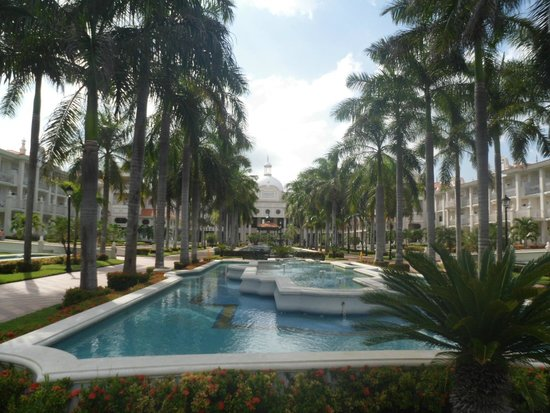 Hotel Riu Palace Riviera Maya: view from the pool
