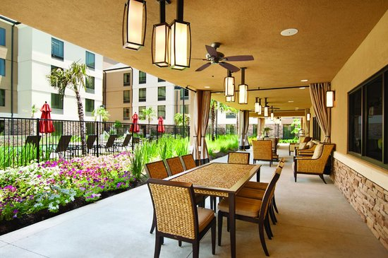 Hilton Garden Inn Shreveport Bossier City: Wisteria Terrace - Great Place for You to Relax and Enjoy